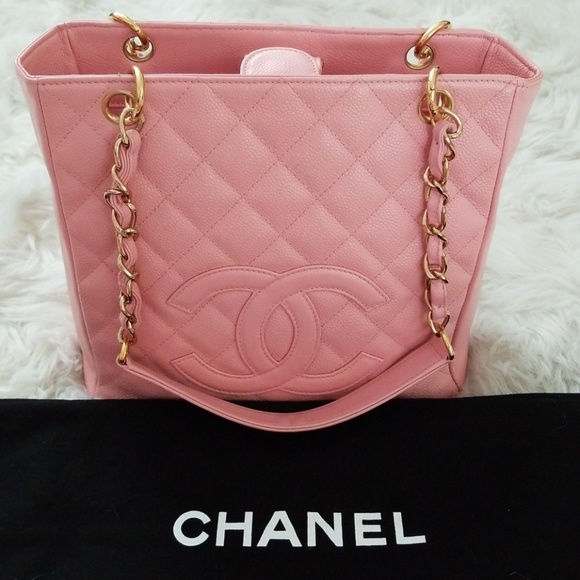 CHANEL Handbags - 💯Auth Chanel Pink Caviar Petite ShoppingTote 7df8c2387791